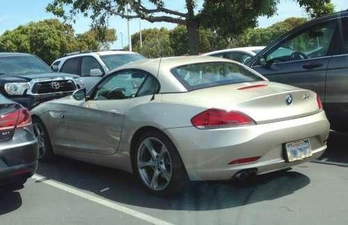 Роскошные автомобили на парковке у штаб-квартиры Facebook (10 фото)