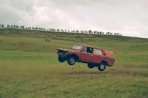 Прикольные картинки на автомобильную тему (21 фото)