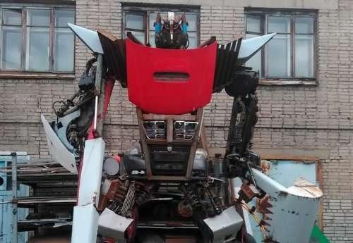 Впечатляющие скульптуры, которые можно увидеть у автомастерских (21 фото)