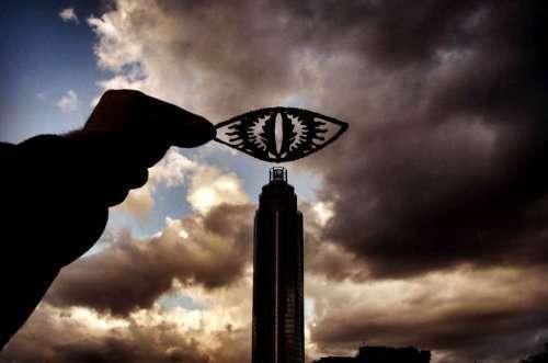 Знаменитые достопримечательности глазами Рича Маккора (16 фото)