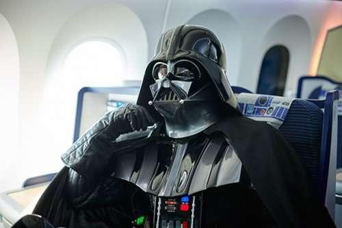 В Японии выполняют авиарейсы для фанатов Star Wars (13 фото)