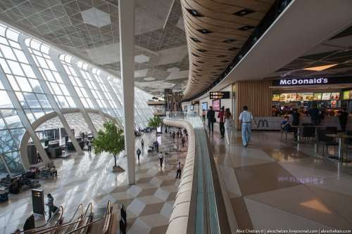 Аэропорт имени Гейдара Алиева в Баку (30 фото)