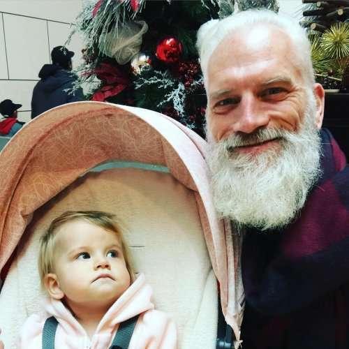 Модный Санта в Yorkdale Mall (12 фото)