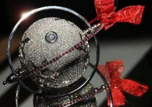 Невероятно красивые и дорогие ёлочные игрушки (10 фото)