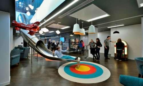 Офисы компаний, которые удивили нас в 2015-ом году (15 фото)