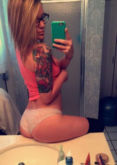 Сексуальные девушки из соцсетей (27 фото)