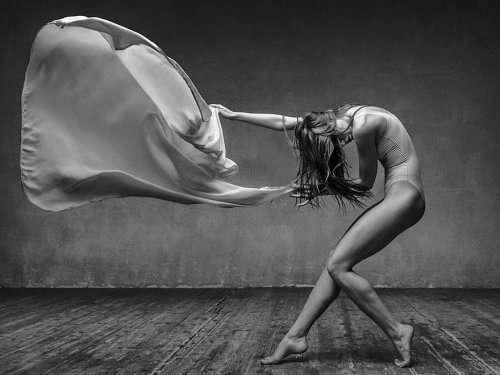 "Красота танцев в фотосерии ""Миражи"" Александра Яковлева (20 фото)"