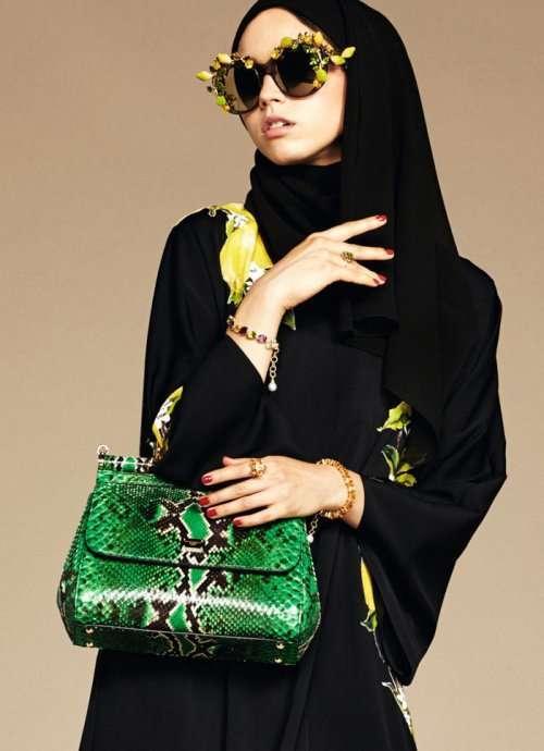 Хиджабы и абайи в дебютной коллекции Dolce & Gabbana (13 фото)