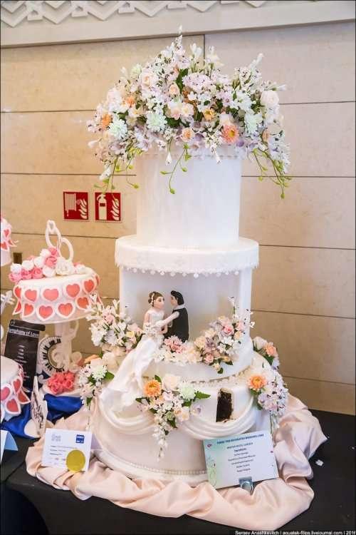 Свадебные торты на Culinary Art Show в Кувейте (16 фото)