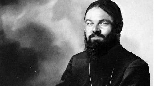 Леонардо Ди Каприо в образе российских и советских исторических личностей (7 фото)