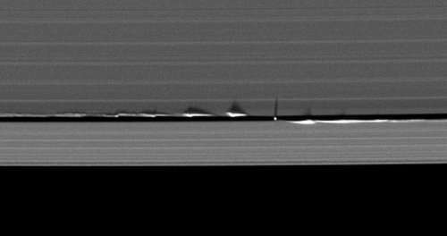 Потрясающие фотографии Сатурна, которые вы наверняка ещё не видели (21 фото)