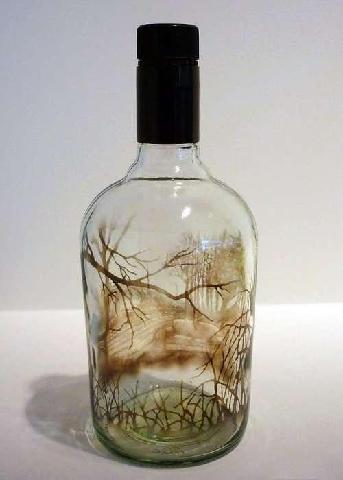 Рисунки в бутылках, созданные с помощью дыма (11 фото)