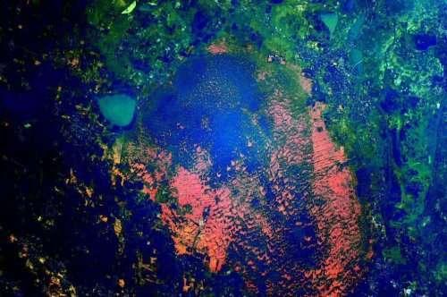 Потрясающие снимки, сделанные с борта МКС (18 фото)