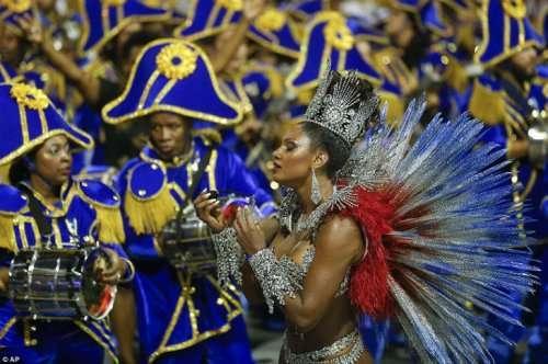 Бразильский карнавал 2016 в Рио-де-Жанейро (19 фото)