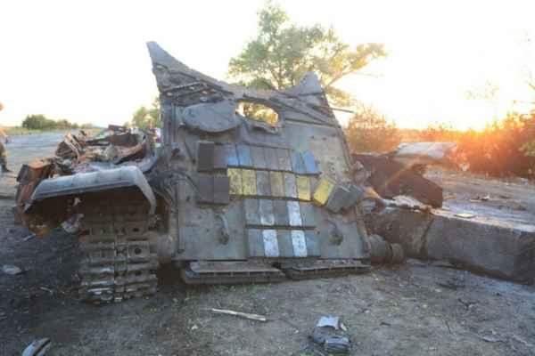 На пути к краху или Как погибали украинские войска в Изваринском котле украина