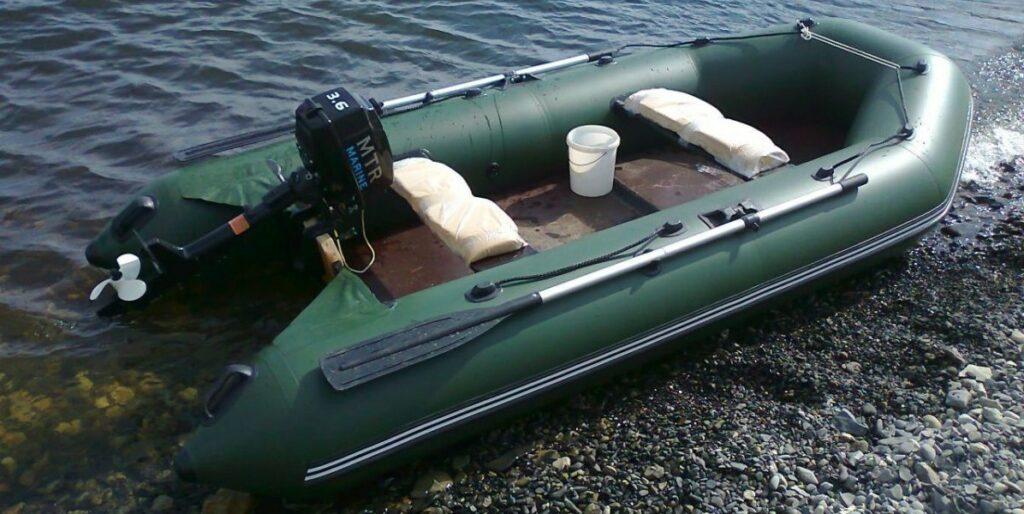 Як вибрати надувний човен з пвх